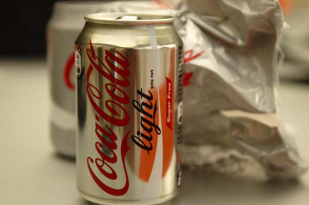 Light läsk innehåller sötningsmedel